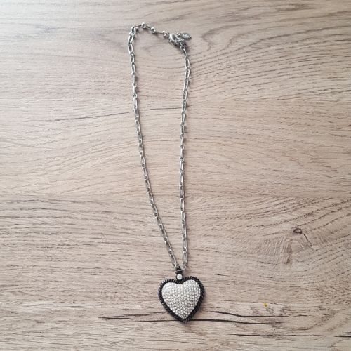Collier chaine pendentif coeur avec strass