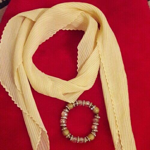 Foulard et bracelet