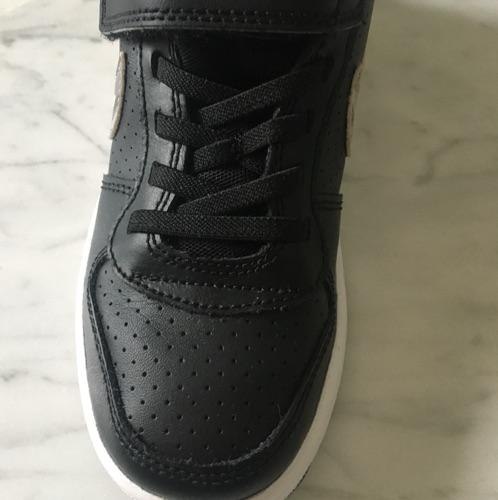 Nike Authentiques ts neufs Jamais portés